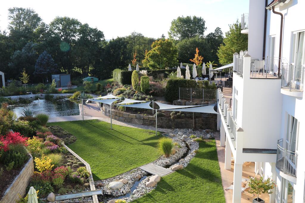 Garten Landhotel Yoga Rügheim